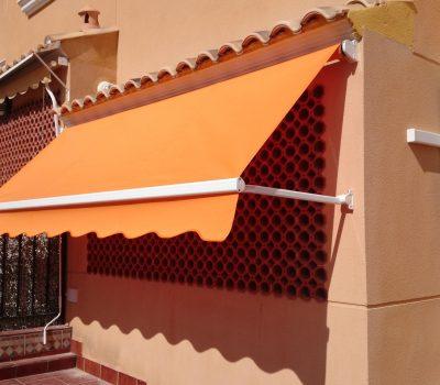 toldo-punto-recto-con-tension-r-567-naranja